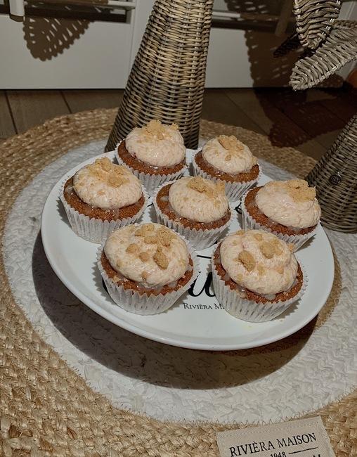 Aardbeien-Jodenkoek Cupcake